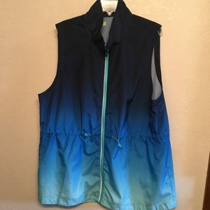 XERSION SPORTS WEAR WOMAN'S ZIP UP VEST